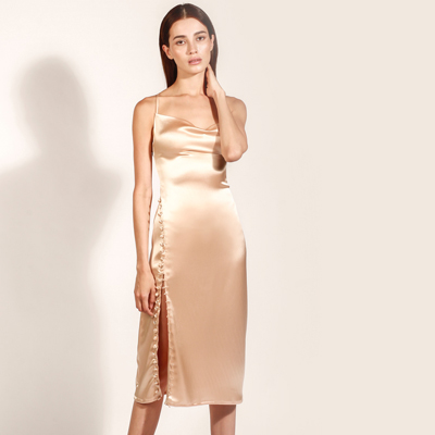 Carmen Llaguno is a sustainable silk collection